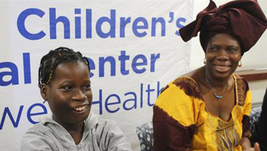 U.S. surgeons remove 6-pound tumor from Gambian girl's mouth